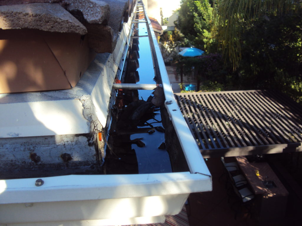 Newport Beach Rain Gutter Cleaning Clogged Downspouts